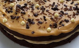Cornish sea salted caramel chocolate cake.