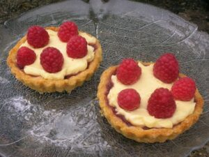 Raspberry and White Chocolate Tarts