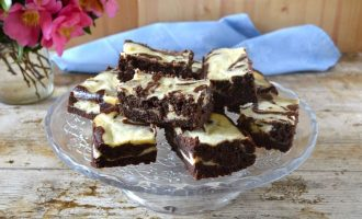 Black Velvet Cheesecake Swirl Brownies