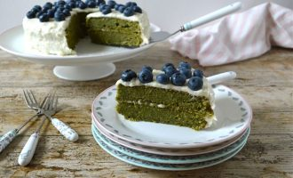 Kale Apple Cake with Apple Icing