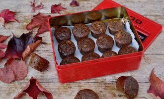 Sticky Ginger Apple Cakes