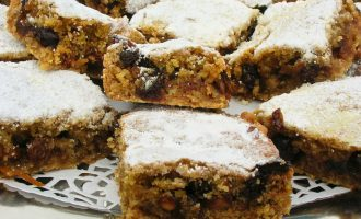 Chilli and Chocolate Mincemeat Slice